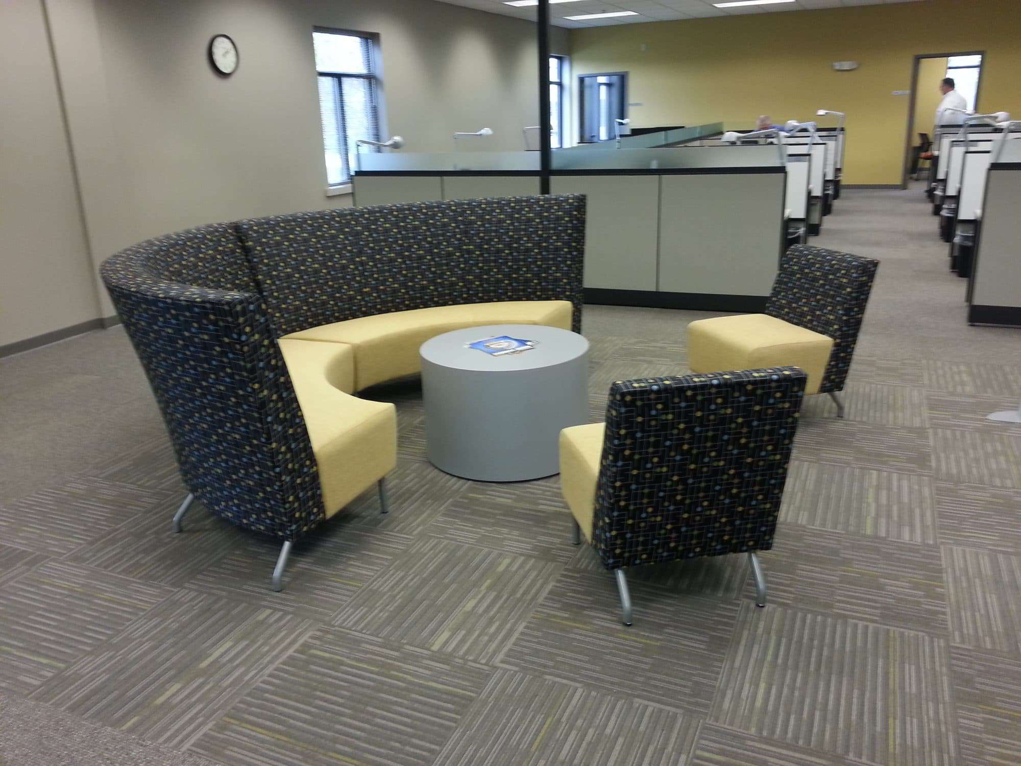 Top 5 corporate office furniture trends in northeastern for Furniture news
