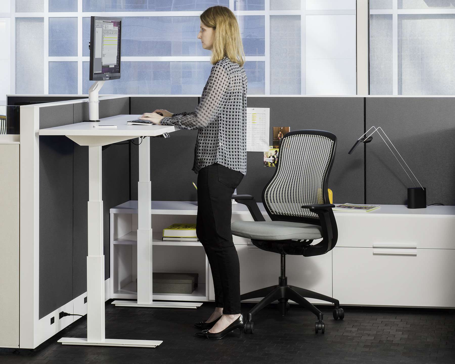 The Ergonomic Office Furniture Advantage Systems Furniture