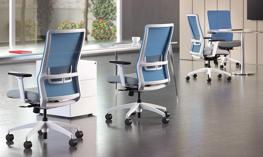 Novo Chair, Systems Furniture the best commercial furniture dealers in Green Bay