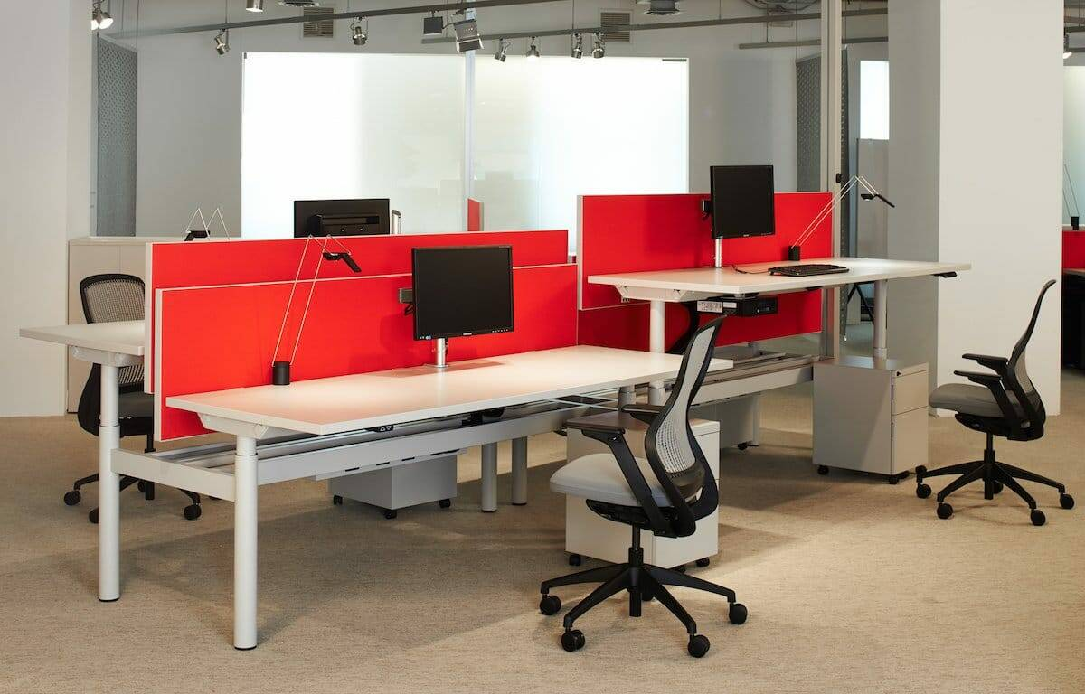 Systems Furniture height adjustable desks